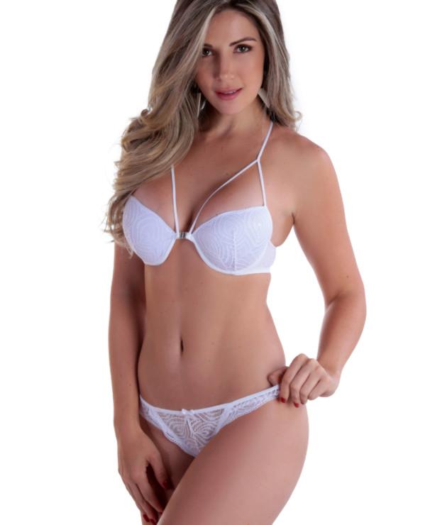Conjunto de lingerie com strappy nas costas