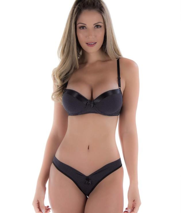 Conjunto de lingerie em poa