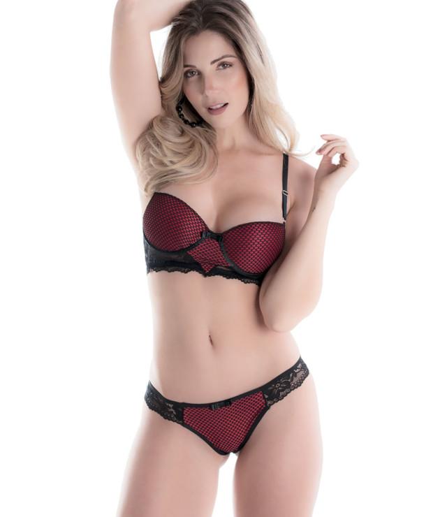 Conjunto de lingerie com tela